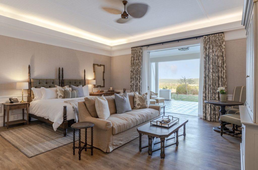 A-Long-Lee-Manor-suite